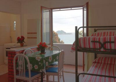 Cucina bungalow Alassio La Vedetta